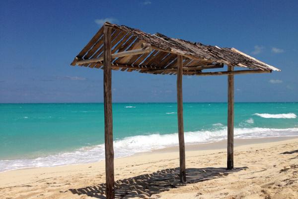 đi biển khi du lịch Cuba