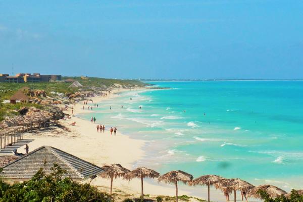 biển Santa Maria khi du lịch Cuba