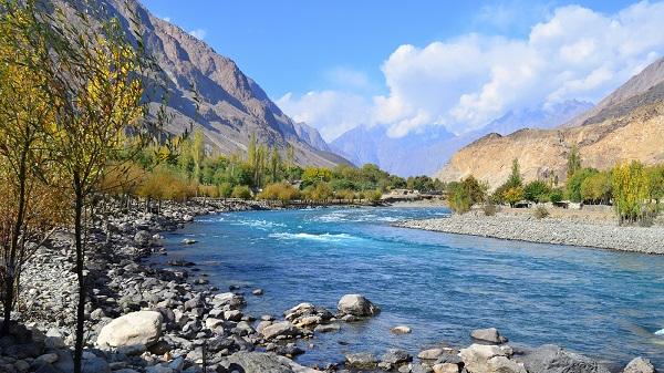 Vẻ dẹp thung lũng Hunza phía bắc Pakistan.