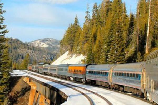 đi tàu hỏa khi du lịch Nga