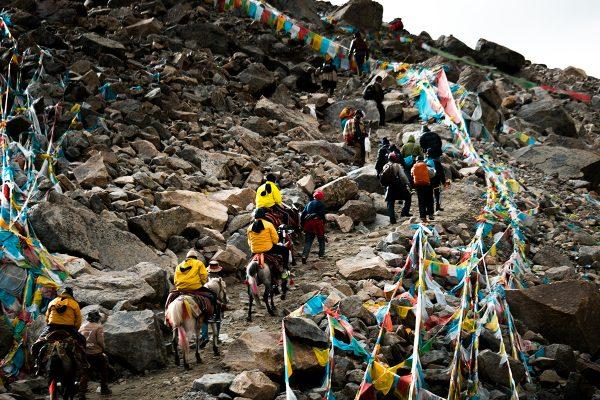 Hành hương núi thiêng Kailash