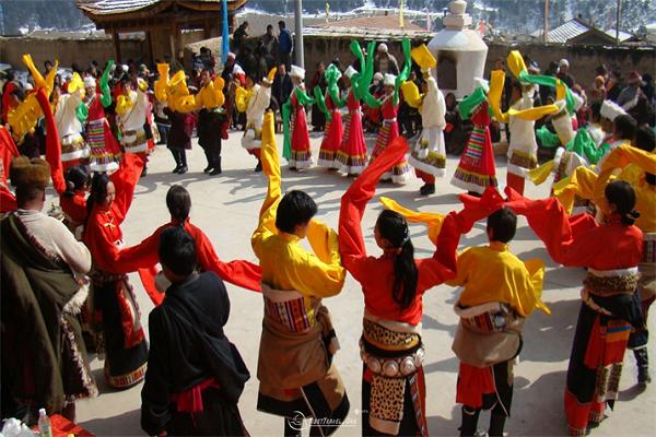 Tết Losar ở Tây Tạng